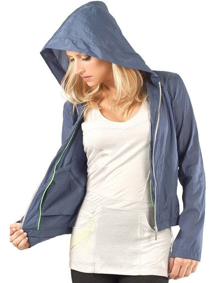Campera Mujer. Ultraliviana. Impermeable. Respirable.