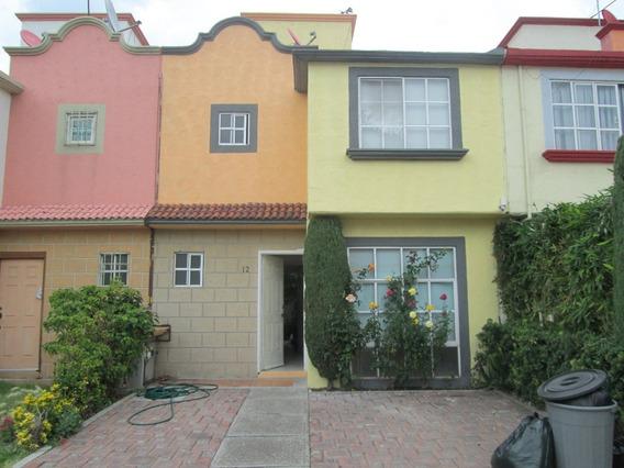 Casa En Renta En Jardines De San Miguel Lll