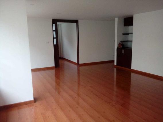 Apartamento Totalmente Remodelado