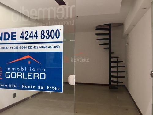 Venta Y Alquiler De Local En Gorlero, Península, Punta Del Este- Ref: 25815