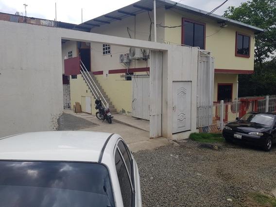 Casa Con 2 Habitaciones Y 2 Baños Incluye Luz Y Agua