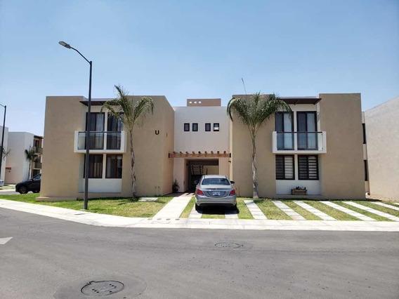 Departamento Puerta Real 3 Recamaras, 2 Baños, Sala, Comedor