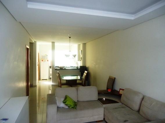 Casa Com 3 Quartos Para Comprar No Cabral Em Contagem/mg - 9455