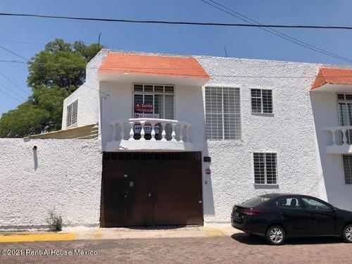 Casa En Renta En Carretas, Queretaro, Rah-mx-21-4324