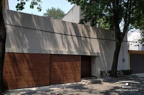 Hermosa Casa En Una De Las Calles Más Bonitas, Cav-4222