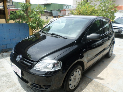 Volkswagen Fox 1.6 Plus Total Flex 5p