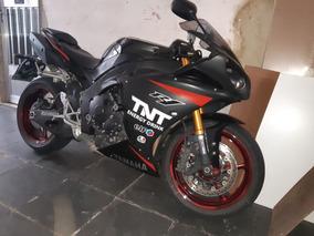 Yamaha Yzf- R1 2010