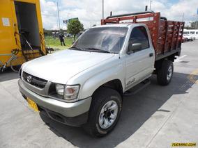 Toyota Hilux 2.4l Mt 2400cc 4x4 Est
