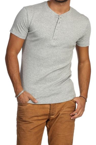 Camiseta Henley Slim Manga Curta - Comprando 3 Frete Grátis