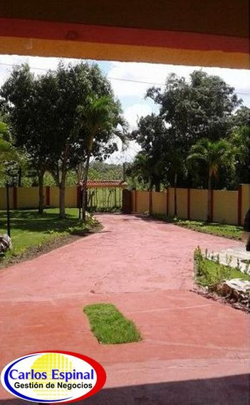 Casa De Campo De 7 Tareas Frente Al Río, Cc-032