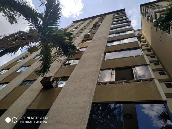 Apartamento En Venta Valles De Camoruco Cod 20-10087 Ycm