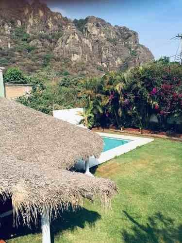 Bungalow En Venta $2,890,000.00 Tepoztlan, Morelos