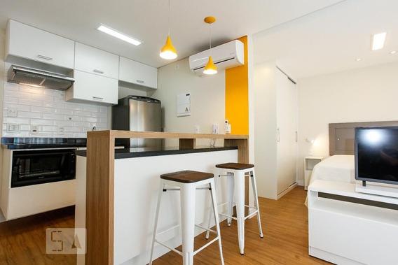 Studio No 11º Andar Mobiliado Com 1 Dormitório E 1 Garagem - Id: 892955991 - 255991