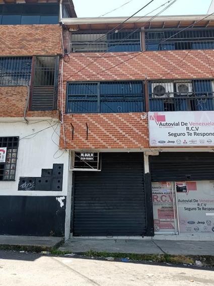 En Alquiler Local En San Cristobal (calle 13 5ta Avenida)