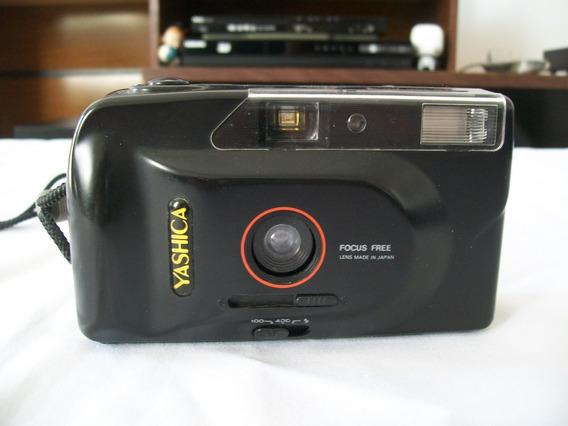 Máquina Fotigráfica Analógica Yashica