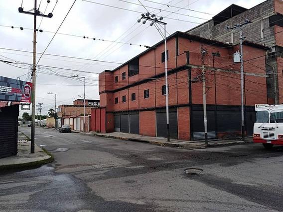 Al Centro Oeste De Barquisimeto, Edificio Comercial