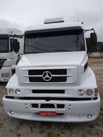 Mercedes-benz 6x2