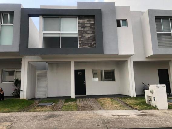 Casa En Renta En Cumbres De Juriquilla, Queretaro, Rah-mx-20-2509