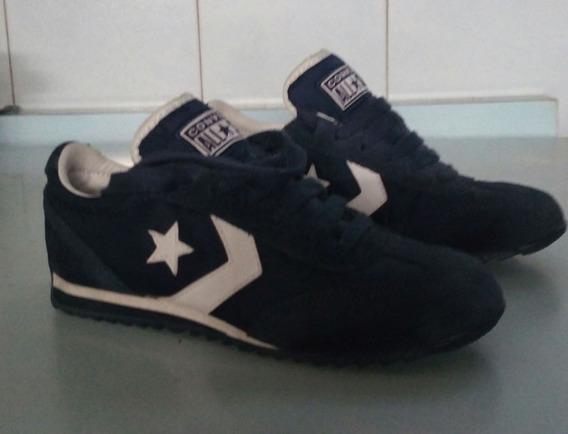 Zapatos Converse.