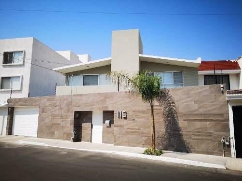 Casa En Renta En Privada Muy Cerca Del Centro