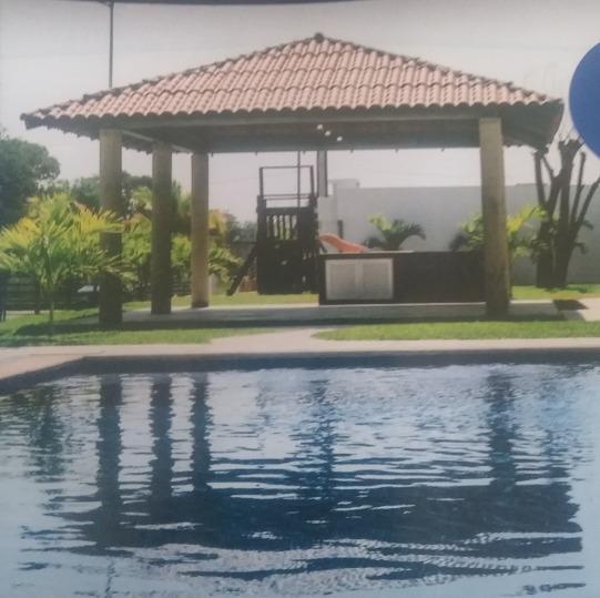 Casas De 2 Y Tres Recamaras En Coto Con Alberca.