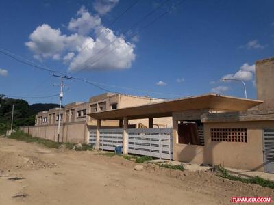 Yosmar Muñoz Vende Townhouses En San Diego Sdth-053