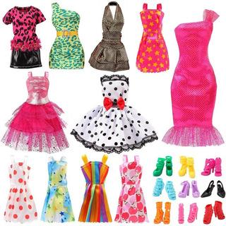Juego De Vestidos Multicolor Para Muñecas Con Accesorios