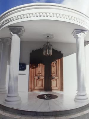 Remato Preciosa Mansion En La Lagunita