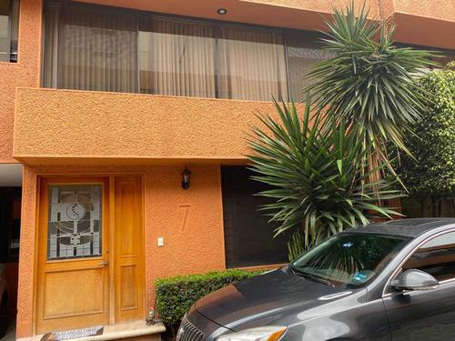 Imagen 1 de 14 de Casa Con 3 Recamaras, Cuarto De Servicio Y 4 Baños