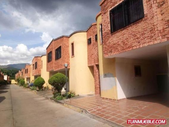 Townhouses En Venta 19-17403 La Entrada Mz 04244281820