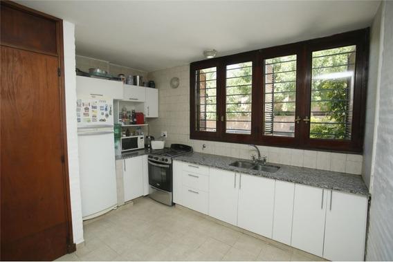 Casa En Venta Tres Dormitorios La Plata
