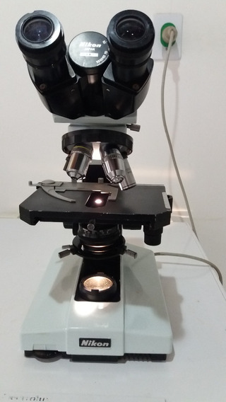 Microscópio Nikon, Modelo Labophot, Binocular.