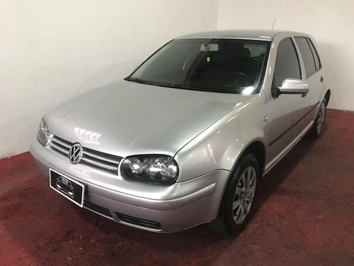 Volkswagen Golf 1.6 Mi Plus 8v Gasolina 4p Manual
