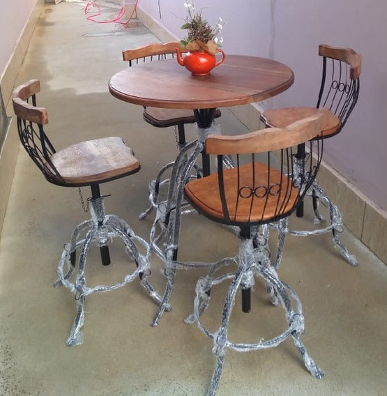 Mesa Redonda Para Sala De Jantar Ou Estar Com 4 Cadeiras