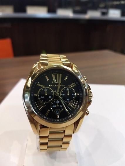 Relógio Michael KorsDourado Fundo Preto