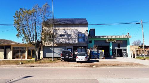 Imagen 1 de 7 de Local Mas 2 Departamentos De 2 Y 3 Amb. Zona El Martillo A Estrenar.