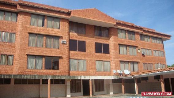 Hotel En Venta El Mirador 19-642 Telf: 04120580381