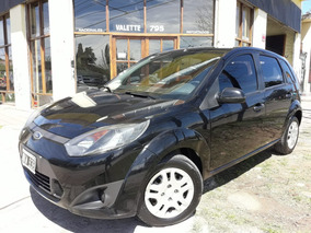 Ford Fiesta Ambiente Plus 1.6n Mp3 5pts.-2013