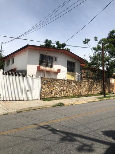 Imagen 1 de 7 de Casa En En Venta En San Felipe Del Agua Oaxaca