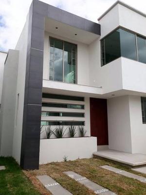 Casa En Venta En Zinacantepec A 2 Cuadras De Las Torres
