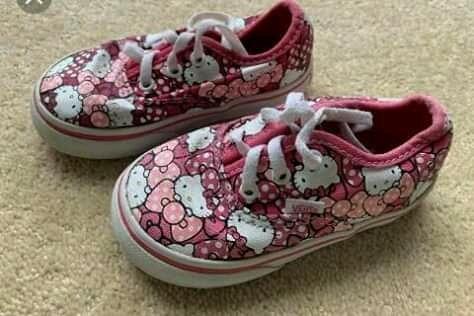 Zapatillas Vans Hello Kitty Numero 21