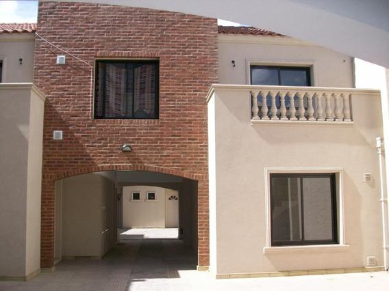 Departamento Tipo Casa En Venta En Paso Del Rey Norte