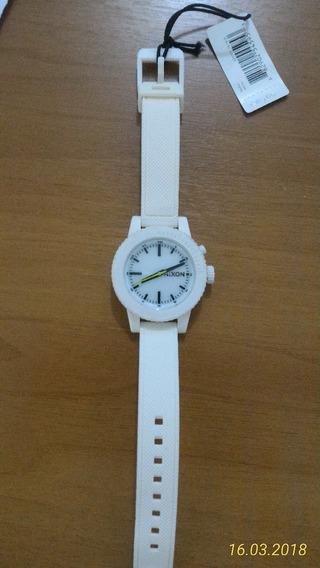 Relógio Nixon Gogo Novo