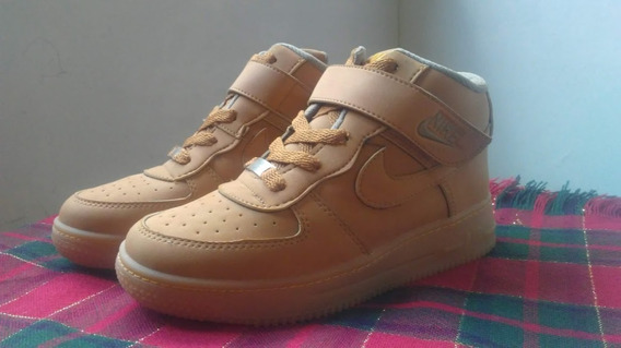 Botas Nike One Force Para Niños *unisex* Color Caramelo