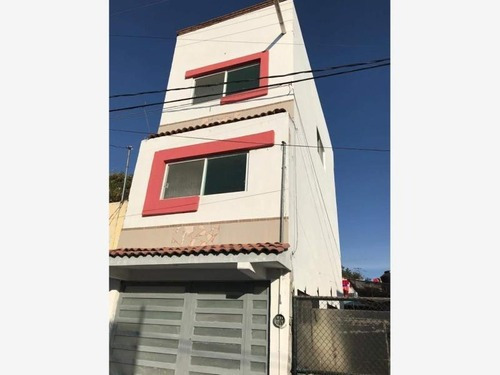 Casa Sola En Venta A Una Cuadra De Lomas De Cocoyoc