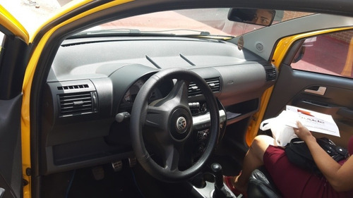Volkswagen Crossfox 2009 1.6 Total Flex 5p