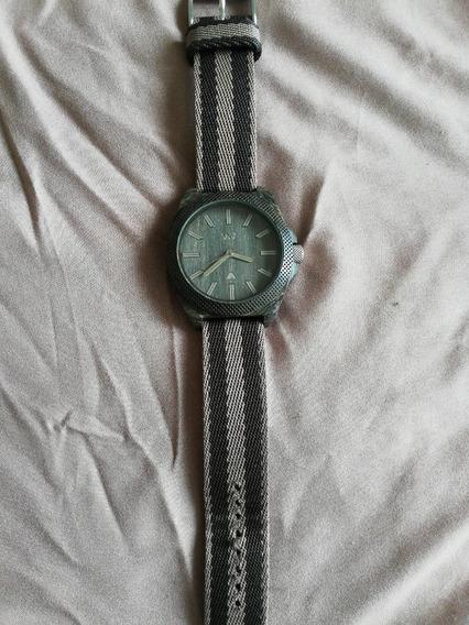 Reloj Wewood