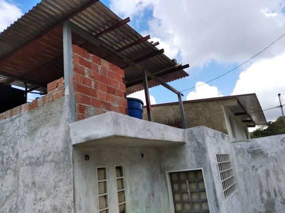 Casa Dos Niv Conj Cerrado De Lagunetica Los Teques