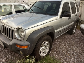 Jeep Liberty Sport 4x2 At 2003