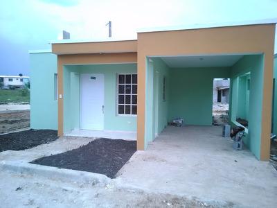 Casa 3 Habitaciones En Villa Mella, Separa Con 10,000
